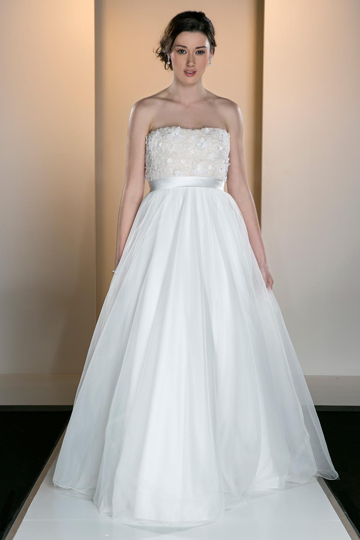 Chloe wedding dress calche bridal oca 561 chloe ombrellifo Image collections